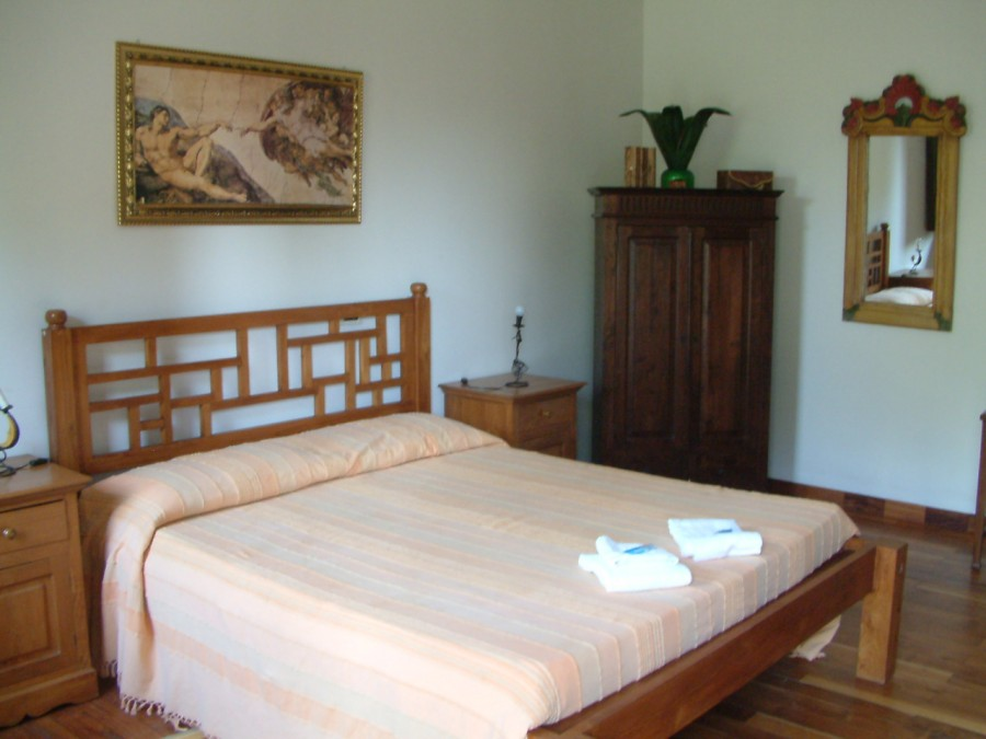 Camere 4 6 posti letto con angolo cottura - Camere posti letto ...